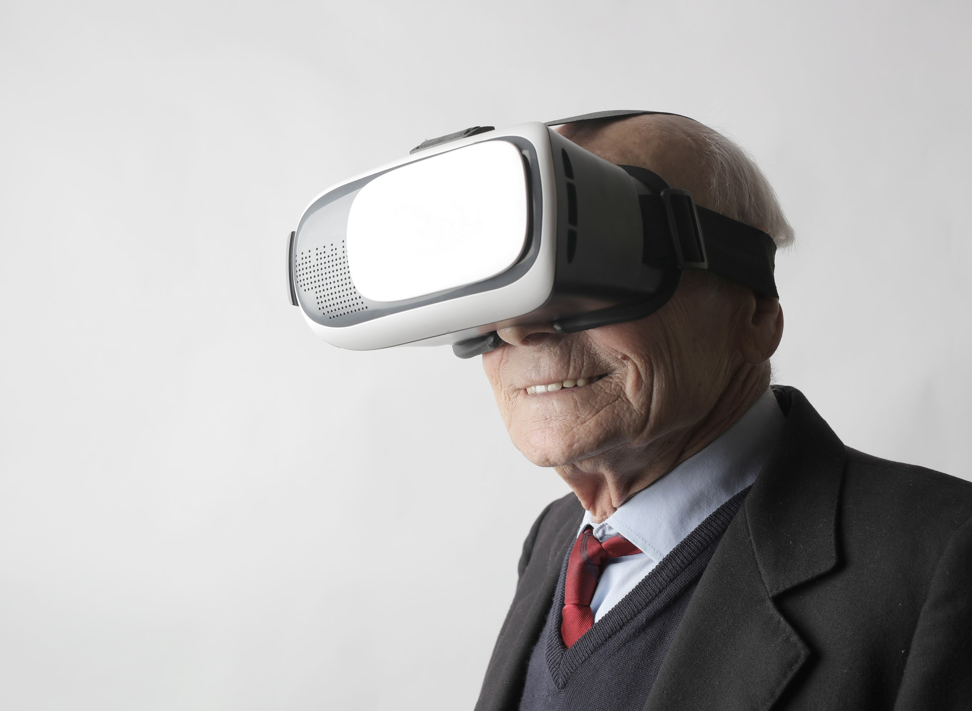 Virtual Reality Surprises Aged Care Residents in Adelaide
