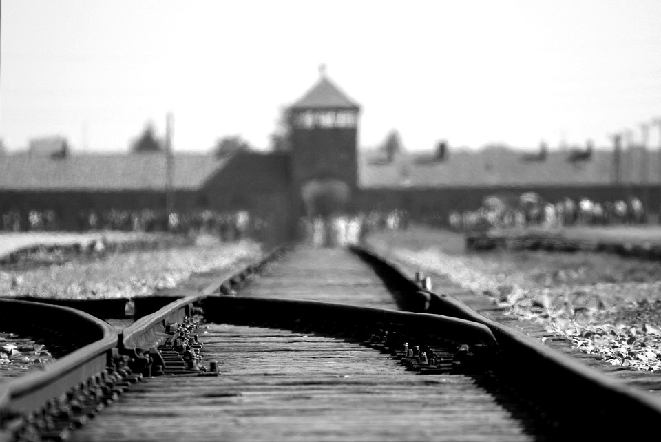 NeVeR Again VR seeks funding for depicting Holocaust stories in virtual reality