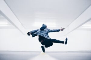 Real-time Breakdance Battles in VR Are Now Connecting People Beyond Borders