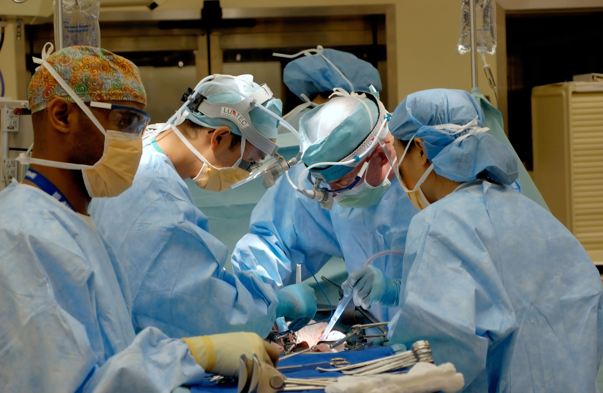 Illinois Hospital Equips Itself for AR-based Spinal Surgeries