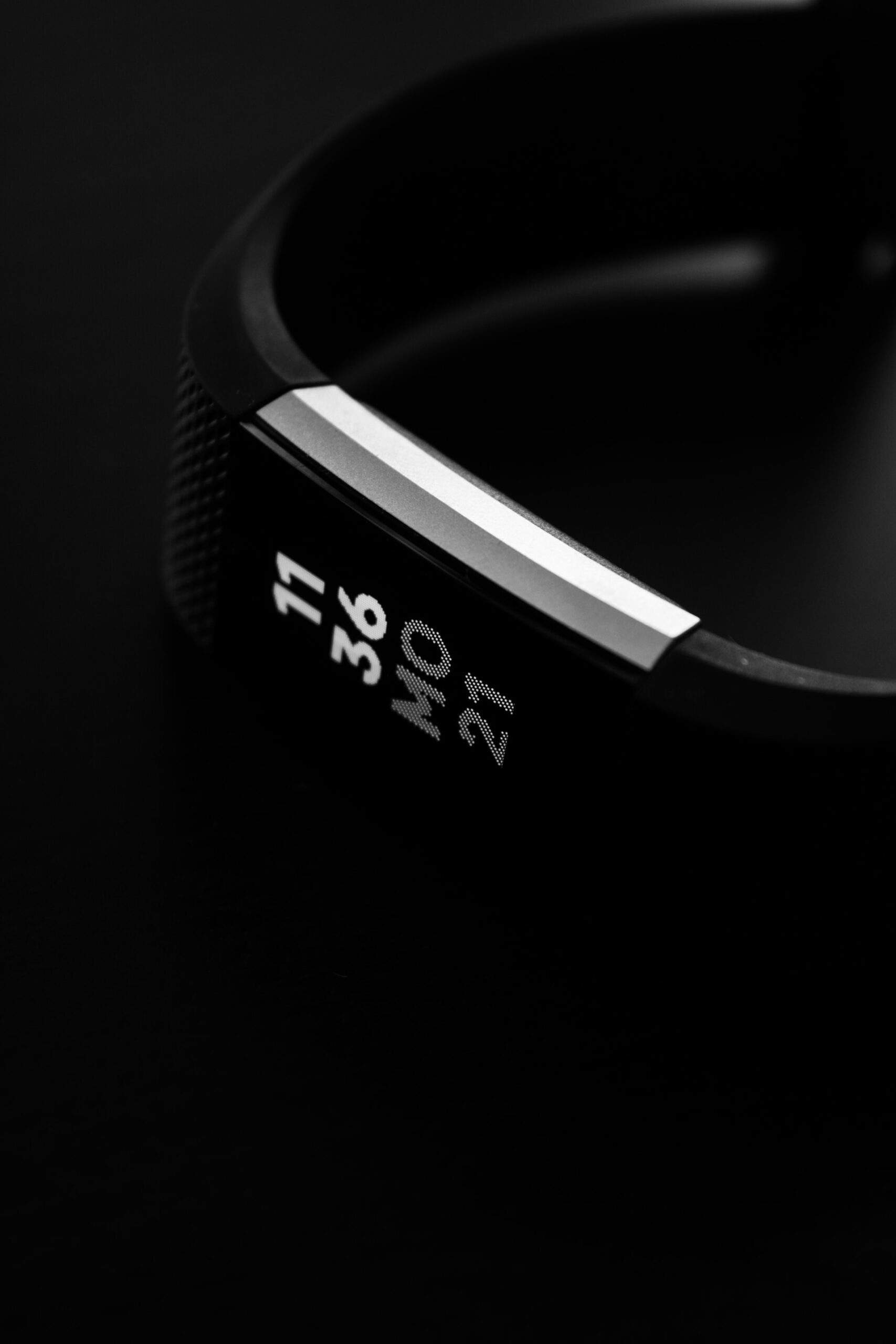 Facebook Announces Development of a Wristband with Mind-Reading AR Tech