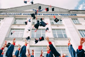upGrad Launches Graduation Day AR Filters through a Partnership with AliveNow