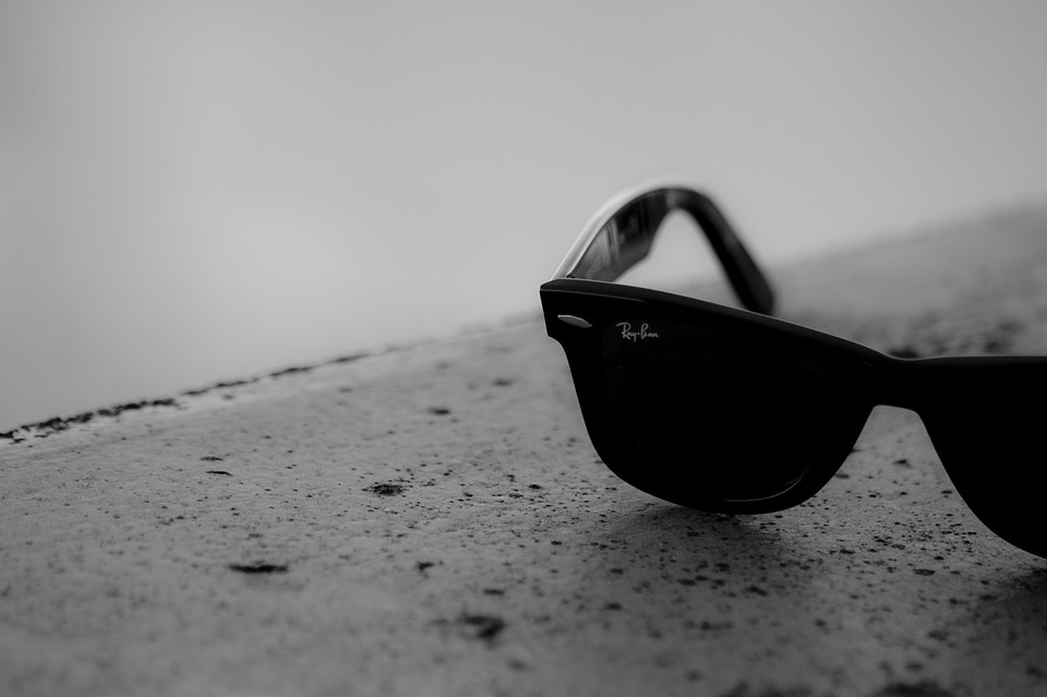 Facebook's next hardware product launch is Ray-Ban AR smart glasses